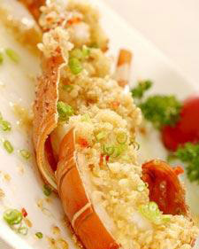 MC3 | Steamed Lobster with Minced Garlic 蒜茸蒸龙虾 – Ponggol Seafood